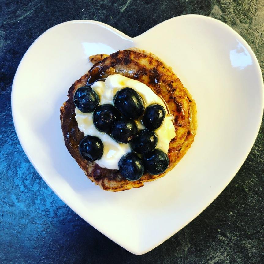 Recipe – Vegan Vanilla and Strawberry OatyPancakes